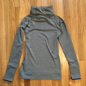 Nike Dry Fit Gray Pullover